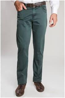 Elastische 5-pocket broek van het merk Plus Man.